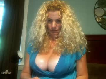 blondieandthebear chaturbate